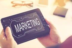 Marketing concept met een tabletcomputer royalty-vrije stock afbeelding
