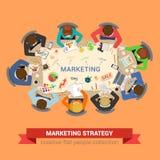 Marketing de vlakke vector van de verkoopuitwisseling van ideeën: personeel rond lijst royalty-vrije illustratie