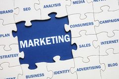 Marketing puzzeloplossing stock foto