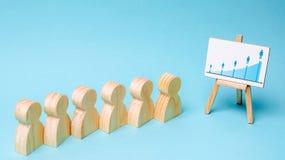 Marketing segmentatie De analyse van de markt Het concept menselijk middelbeheer in een commercieel team Werkend personeel Het co royalty-vrije stock afbeeldingen