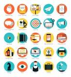 Marketing und flache Ikonen der Dienstleistungen im Designbereich eingestellt Stockbild