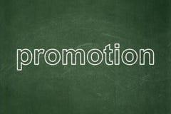 Marketingowy pojęcie: Promocja na chalkboard tle obrazy royalty free
