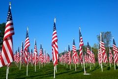 Markierungsfahnen auf den heilenden Gebieten für 9/11 Lizenzfreie Stockfotos