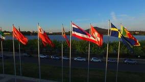 Markierungsfahnen der Welt canberra stock video