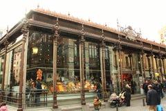 Marknad av San Miguel i Madrid, Spanien Royaltyfri Fotografi