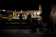 Marknad för natt för Mae gimheng i Korat, Thailand Royaltyfri Foto