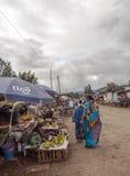 Marknad i Arusha Arkivbilder