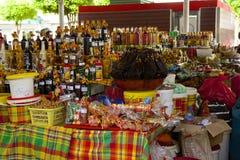 Marknad i Guadeloupe som är karibisk Arkivfoto