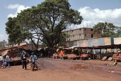 Marknad i gyttjan - Kenya Royaltyfri Bild