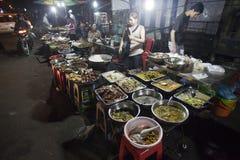 Marknad i Phnom Penh, Camobodia Arkivfoto