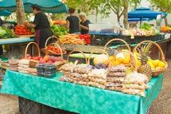 Marknad i Split Arkivfoton
