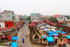 Marknad i Vietnam Arkivbilder