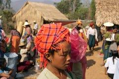 marknad myanmar för friday inlelake Arkivfoton