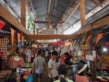 Marknadsföra 100 år på Chachoengsao, Thailand Arkivbilder
