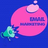 Marknadsföring för Email för ordhandstiltext Affärsidé för överföring av ett kommersiellt meddelande till en grupp människor som  royaltyfri illustrationer
