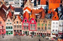 Marknadsfyrkant i Bruges, Belgien Royaltyfri Foto