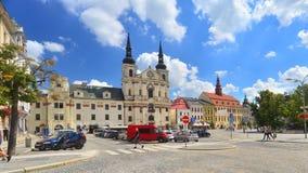 Marknadsfyrkant i Jihlava, Tjeckien royaltyfria bilder