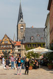 Marknadsfyrkant i Quedlinburg, Tyskland Arkivfoton