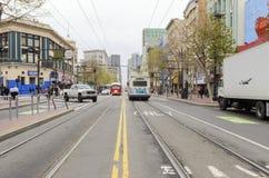 Marknadsgata, i stadens centrum San Francisco Arkivbilder