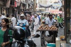 Marknadsplats i Chandni Chowk, Delhi Arkivbilder