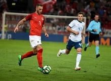 Marko Arnautovic ενάντια στο ρωσικό midfielder ρωμαϊκό Zobni στοκ εικόνες
