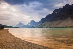 Markotny ranek przy Łęk jeziorem w Banff parku narodowym, Alberta Obrazy Royalty Free
