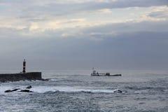 Markotny seascape przy końcówką dzień zdjęcie royalty free
