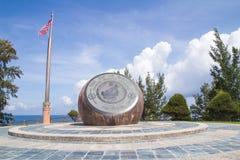 Markstein am Tipp von Borneo im Norden von Sabah, Malaysia stockbild
