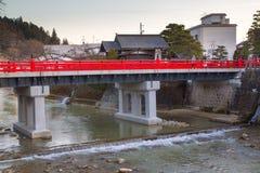 Markstein von Takayama, rote Brücke Stockbild