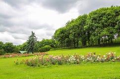 Marksteine des Parks in Kislovodsk Stockfotografie