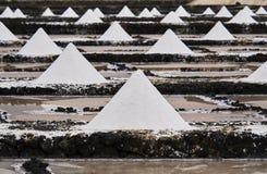 Marksteine von Lanzarote - Salinas de Janubio, Hauptsalz productio Stockfoto