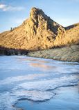 Marksteinfelsen und -fluß in Nord-Colorado Stockfoto