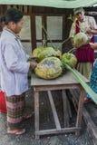 Markt in Birma stockfotos