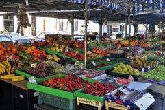 Markt in den Straßen lizenzfreie stockfotos