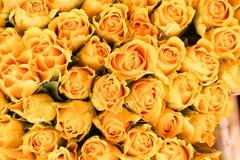 Markt der gelben Rosen Stockbild