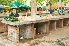 Markt in der Spalte Stockbilder