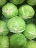 Markt-Kopfsalat Stockfoto