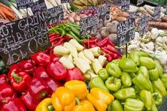 Markt met groente Stock Afbeeldingen