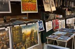 Markt mit Abbildungen von Paris Lizenzfreie Stockfotografie