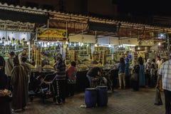 Markt op het vierkant van Jeema Gr Tina in Marrakech Stock Afbeelding