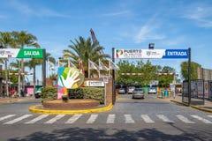Markt Puerto de Frutos - Tigre, Buenos- Airesprovinz, Argentinien Lizenzfreie Stockfotografie