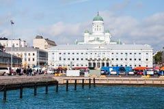 Markt-Quadrat, Rathaus und Kathedrale lizenzfreies stockfoto