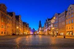 Markt Squarel in Wroclaw bij schemer royalty-vrije stock afbeelding