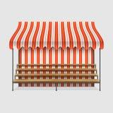Markt-Stall mit hölzernen Regalen Stockbilder