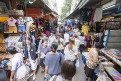 MARKT THAILANDS BANGKOK CHAO PHRAYA THONBURI stockfotos