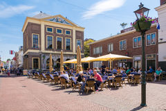 Free Markt With Outdoor Terrace Of Cafe In Brielle, Netherlands Stock Images - 93587324
