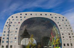 Markthal - Markt in Rotterdam die Niederlande Lizenzfreie Stockbilder
