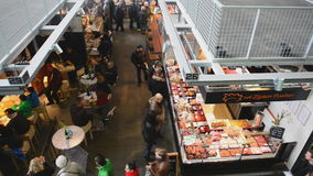 Markthal Rotterdam die Niederlande stock video