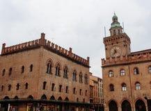 Marktplatz Maggiore mit Accursio Palast Lizenzfreie Stockfotografie
