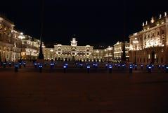 Marktplatz-UNITA, Triest, Italien lizenzfreie stockfotografie